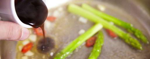 Шаг 8: стейка из лосося с овощами